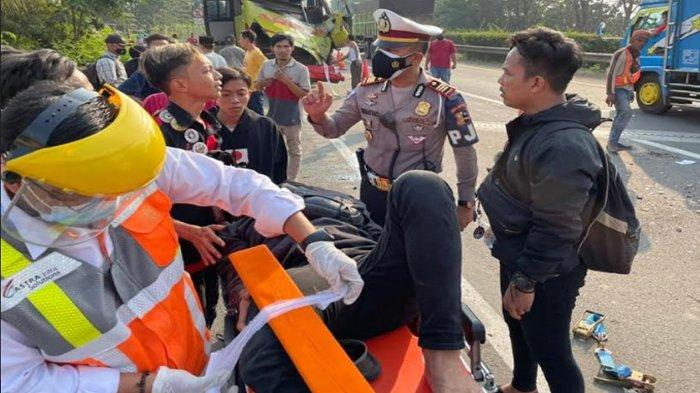 Dua Bus Terlibat Kecelakaan di Tol Tangerang-Merak, 6 Orang Terluka