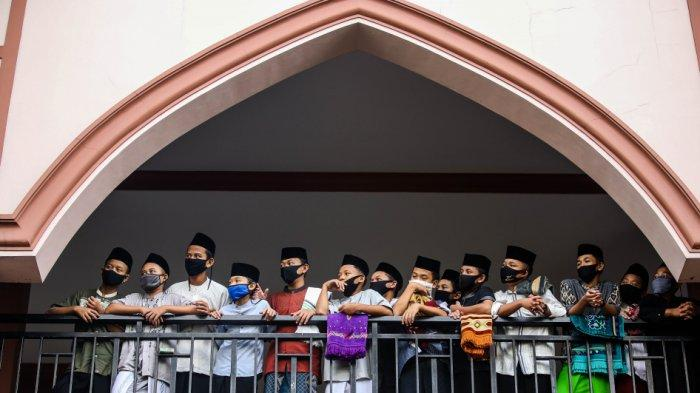 Gubernur Wahidin Halim Dukung Santri Boleh Mudik, Di-rapid Test dan Disortir di Terminal
