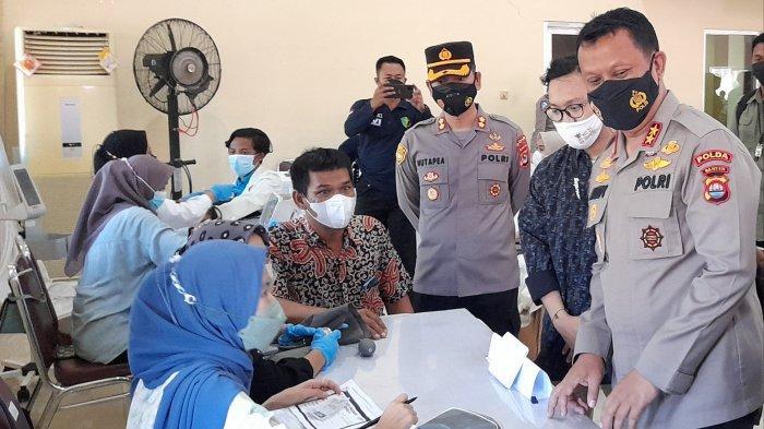 Tinjau Vaksinasi Covid-19 di UIN SMH, Andika Hazrumy: Bagian Percepatan Vaksinasi di Banten