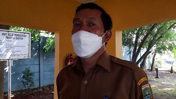 Kepala Badan Kepegawaian Daerah (BKD) Provinsi Banten Komarudin saat ditemui di Rumah Dinas Gubernur Banten di Jalan Ahmad Yani No.158, Kota Serang, Senin (7/6/2021).