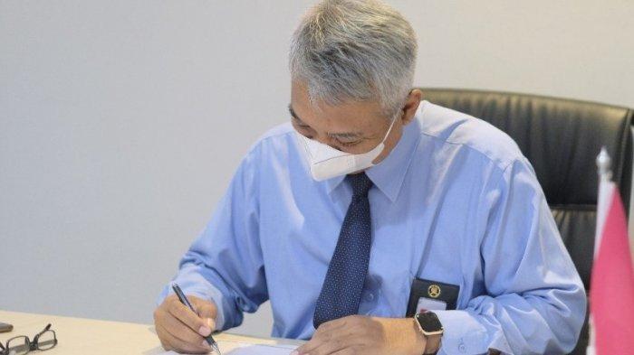 Kanwil DJP Banten Menandatangani MoU Kerja Sama Pendirian Tax Center dengan Untirta dan Unsera