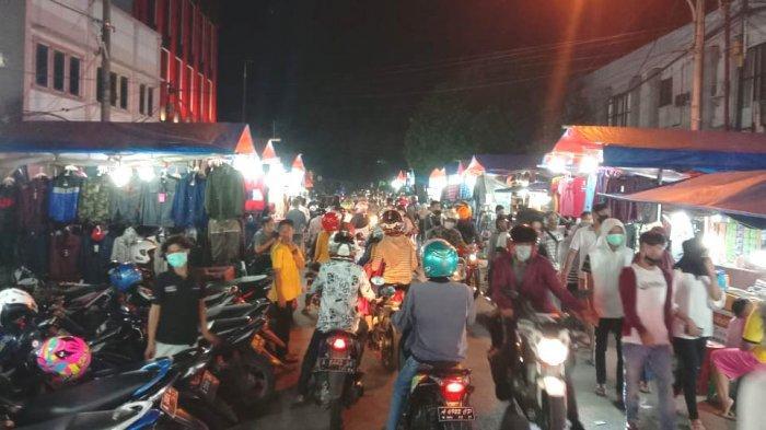 Malam Takbiran, Masyarakat Kota Serang Tumpah Ruah di Jalan, Pasar dan Mall