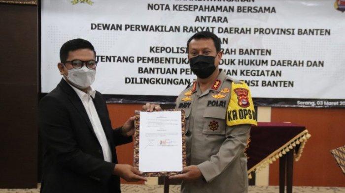 Ketua DPRD Banten Andra Soni-Kapolda Banten Irjen Pol Rudy Heriyanto Menandatangani MoU