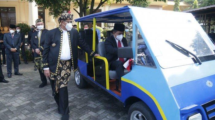 Keren! Jajal Mobil Listrik Karya Siswa SMKN 4 Pandeglang, Ketua DPRD Banten: Ternyata Luar Biasa