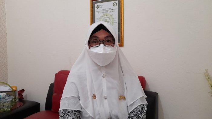 Ketua Ikatan Bidan Indonesia Cabang Kabupaten Serang, Yeni Kusuma, di Puskesmas Ciruas, Kamis (24/6/2021).