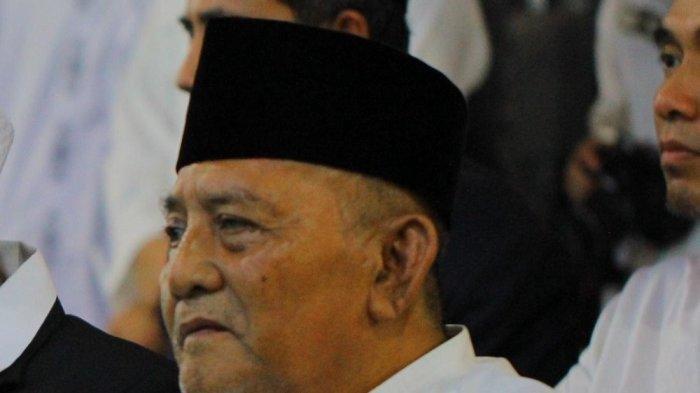KH Atabik Ali, Pengasuh Pondok Pesantren Ali Maksum, Krapyak, Yogyakarta