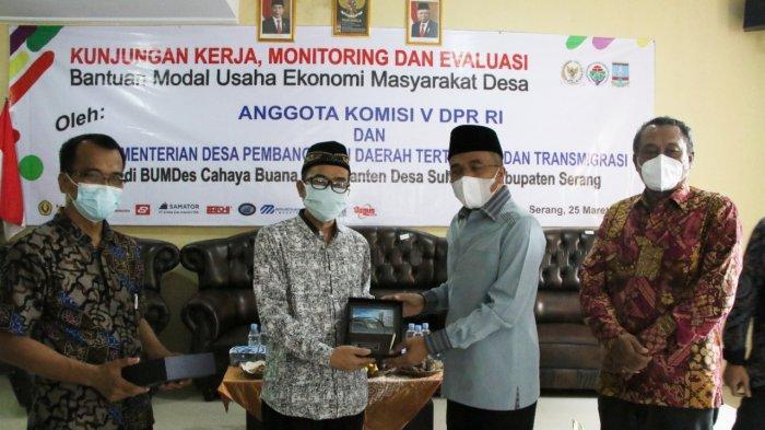 Komisi V DPR RI-Kemendes Siap Berikan Bantuan Lebih Besar untuk BUMDes Cahaya Buana Paku Banten