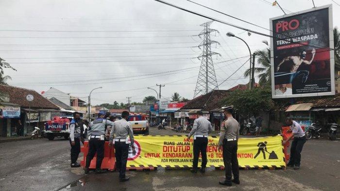 Info Kabupaten Lebak, Jalan Raya Bojongleles-Cileles Amblas, Berikut Pengalihan Arus Lalu Lintas