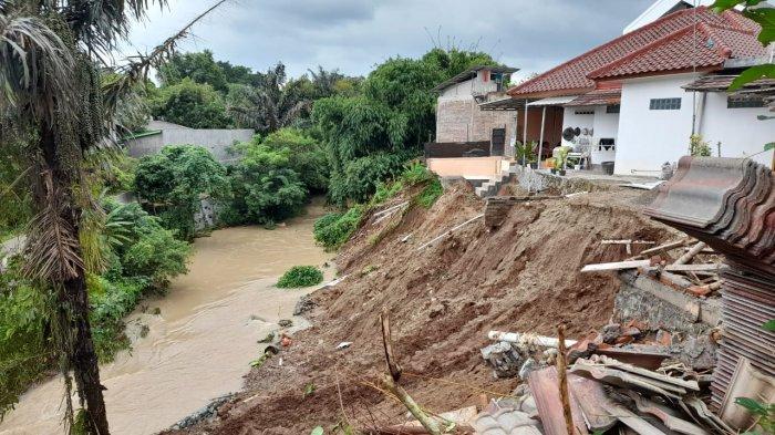 Perumahan Elit di Kota Serang Longsor, Warga: Tiba-tiba Tanah Bergerak