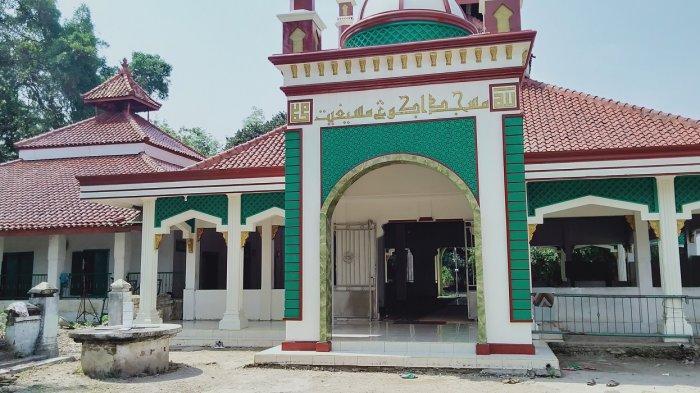 Masjid Agung Masigit Serang Masih Pakai Istiwa', Jam Matahari Penunjuk Waktu Salat Zuhur dan Asar