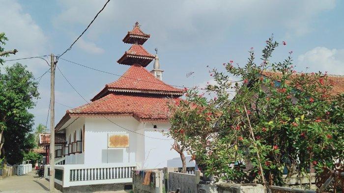 Masjid Darul Falah Anyer Tetap Kokoh Diterjang Tsunami pada 1883, Arsitektur Jawa, Lampung, dan Cina