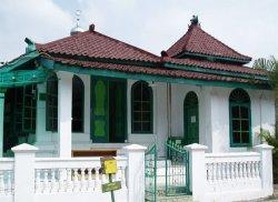 Melihat Masjid Kuno Kaujon, Bangunan Bersejarah di Kota Serang Banten
