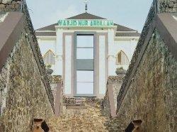 Masjid Nur Abdilah di Anyer Kabupaten Serang, Bangunan Megah Rp 9 Miliar yang Menghadap Lautan Lepas