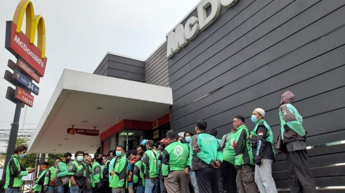Driver Ojol Rela Antre Demi McD BTS Meals, ARMY Indonesia Galang Donasi Hingga Terkumpul Rp 70 Juta