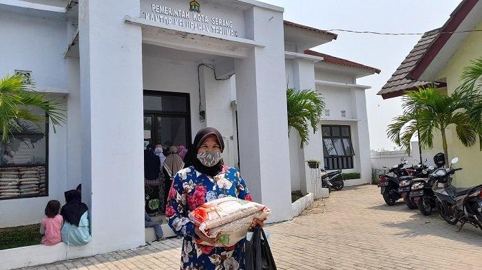 Cek Status Penerima Bantuan PKH September 2021, Dapatkan Bantuan Rp 900 Ribu hingga Rp 3 Juta/Tahun