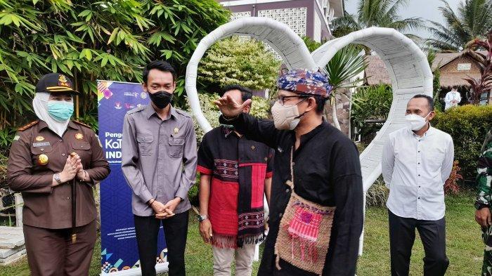 Menteri Pariwisata dan Ekonomi Kreatif (Menparekraf), Sandiaga Salahudin Uno, mengunjungi Kabupaten Pangeglang dan Kabupaten Lebak, Banten, Jumat (20/8/2021).