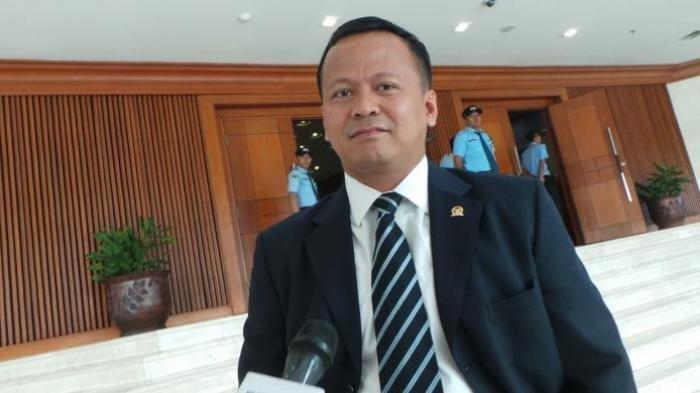 2 Mobil Penyidik KPK Hanya 20 Menit di Rumah Dinas Menteri Kelautan dan Perikanan Edhy Prabowo