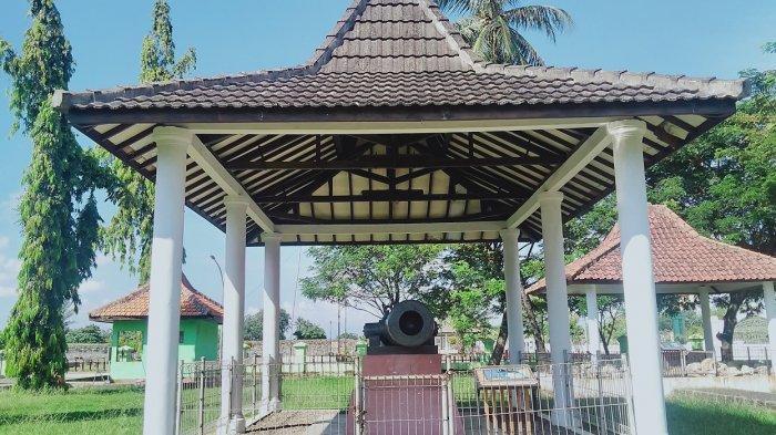 Meriam di Museum Situs Kepurbakalaan Banten Lama.