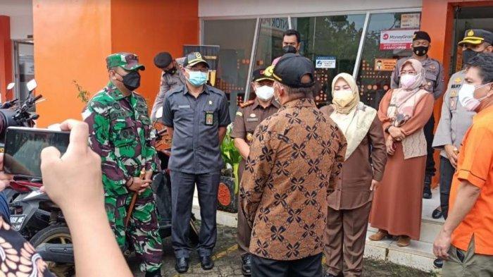Tanggapi Soal Temuan Beras Bansos yang Busuk di Pandeglang, Muhadjir Effendy Sebut Sudah Ditarik
