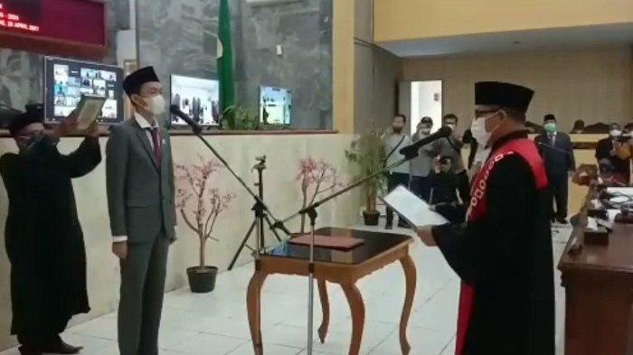 Profil Muhammad Agil Zulfikar, Ketua DPRD Termuda se-Indonesia di Lebak yang Hobi Baca Buku Kiri