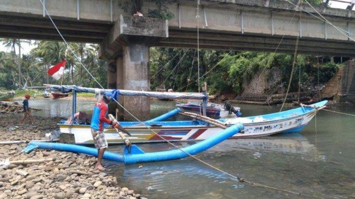 Kisah Nelayan di Pabuaran Kabupaten Serang, Gadaikan Sertifikat Demi Perbaiki Perahu