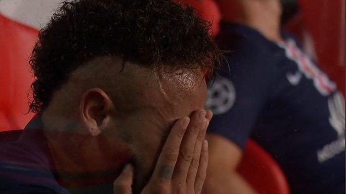 Saat Neymar Menangis Usai PSG Dikalahkan Muenchen di Final Liga Champions