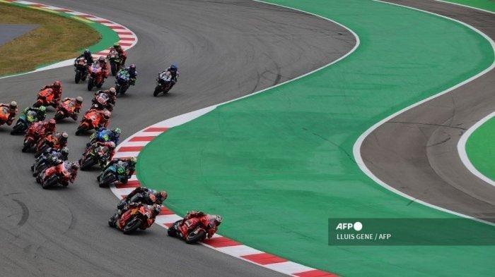 HASIL MotoGP Catalunya 2021 - Miguel Oliveira Naik Podium, Duo Repsol Honda Berguguran