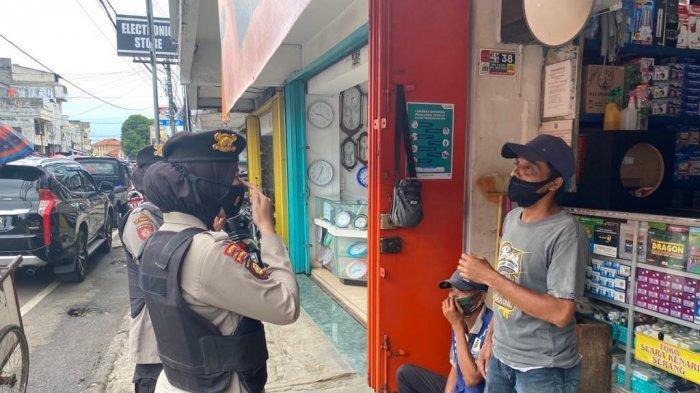 Polwan Polda Banten Gelar Patroli Nong Jawara di Pasar Rau dan Pasar Lama Kota Serang, Ada Apa?