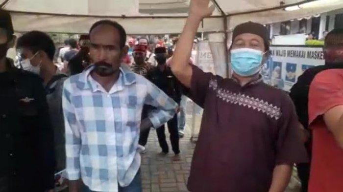 PPKM Diperpanjang, Pedagang Berdemo Minta Wisata Religi Masjid Agung Banten Lama Kembali Dibuka
