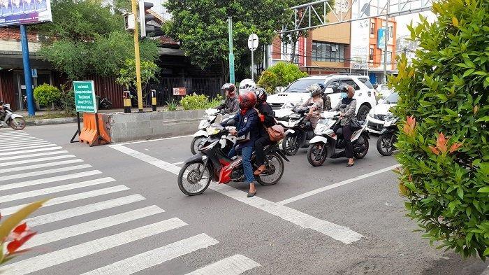 Pelanggaran Hari Pertama ETLE di Banten, Mulai Marka Jalan Sampai Berkendara Sambil Teleponan