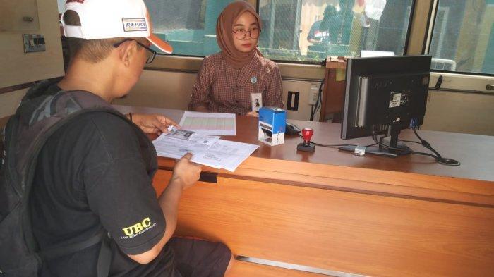 Pelayanan pembayaran pajak Bapenda Kabupaten Serang.