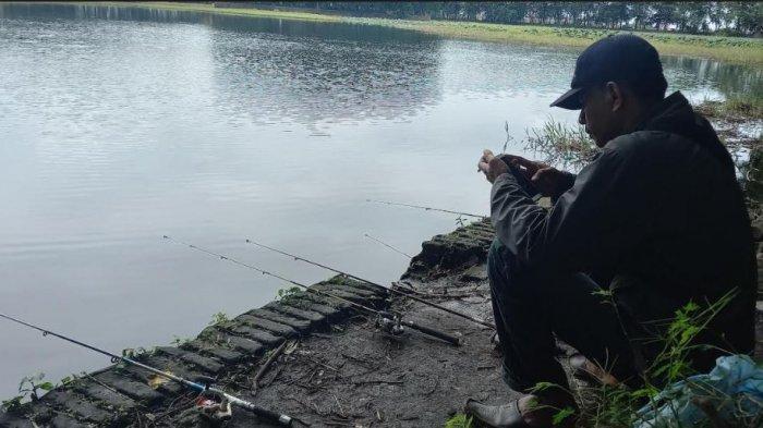 Mancing di Danau Tasikardi Serang, Bayar Rp 10 Ribu Bisa Mancing Sampai Puas