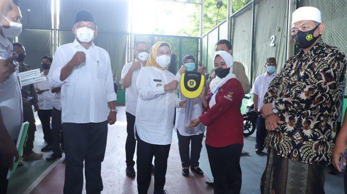 Pemkab Serang Berikan Motor untuk 38 Pendamping PKH dan 69 Pendamping Jamsosratu