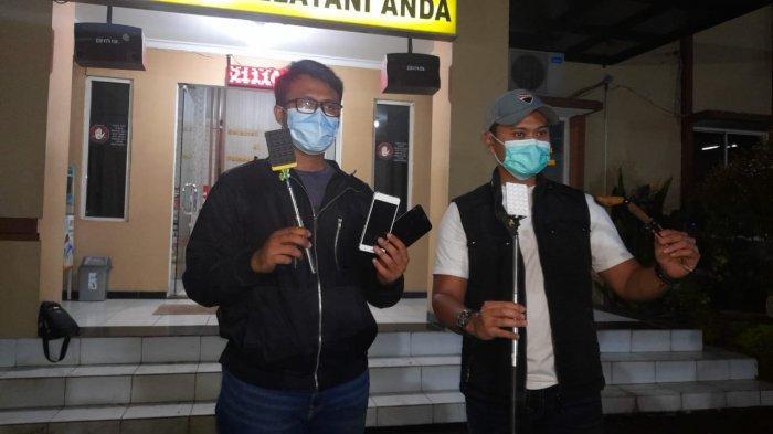 Bermodal Tongsis Ajaib, Tiga Sekawan Pencuri Hp Sukses Gasak 7 Hp di Pinggir Tol, Didor Polisi