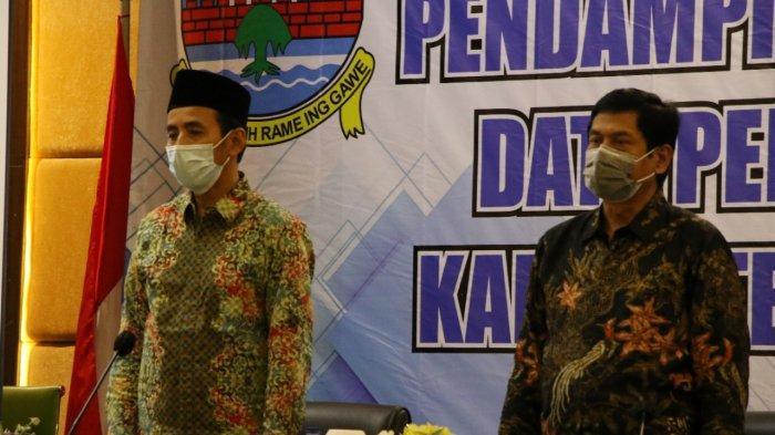 Pemkab Serang melalui Dinas Komunikasi Informatika Persandian dan Statistik (Diskominfosatik) menggelar pendampingan dan update data Sistem Informasi Pembangunan Daerah (SIPD) (data pembangunan) tahun 2021. Pendampingan itu digelar di Green Peak Hotel Bogor, Jawa Barat, pada Selasa (6/4/2021)-Rabu (7/4/2021).