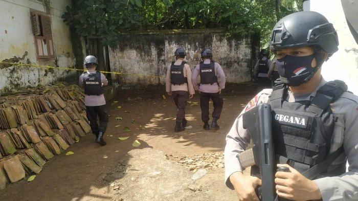 Warga Kota Serang Dikejutkan dengan Penemuan Mortir di Rumah Kosong