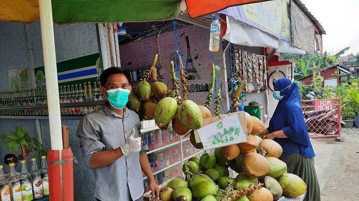 Diburu untuk Pengobatan Corona, Penjual Kelapa Hijau di Tangerang Raup Untung Jutaan Rupiah per Hari