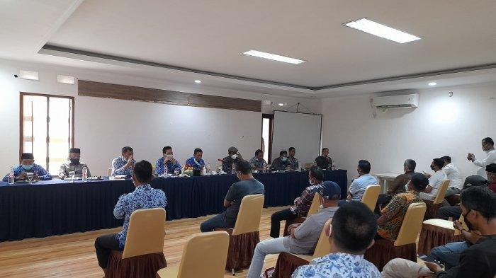 Pertemuan Warga, Anggota DPRD, dan Wali Kota Serang terkait Kerja Sama dengan Pemkot Tangsel