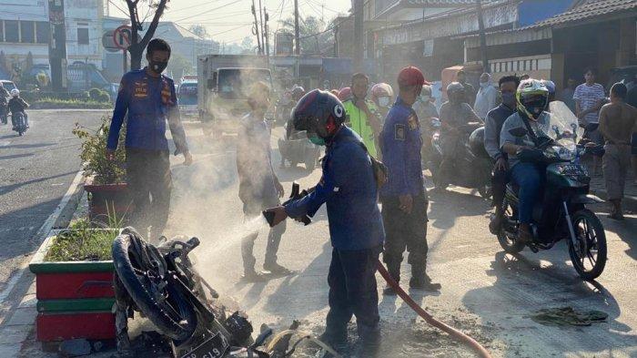 Saat Dinyalakan, Sepeda Motor Suzuki Thunder di Rangkasbitung Lebak Terbakar, Ini Penampakannya