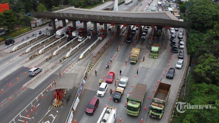 Sudah 1.946 Kendaraan Tujuan Pelabuhan Merak Dipaksa Putar Balik di Gerbang Tol Cikupa