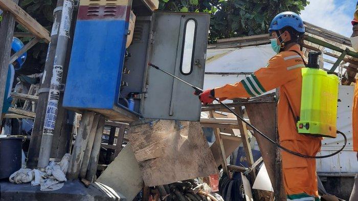 PLN Pulihkan 99% Gardu Terdampak Banjir di Jawa Barat, 74.000 Pelanggan Kembali Teraliri Listrik