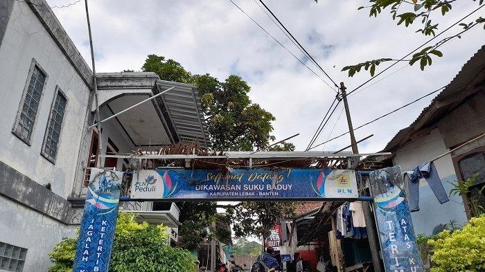 Pintu masuk kawasan suku Baduy di Kelurahan Kanekes, Kecamatan Leuwidamar, Kabupaten Lebak, Banten, Selasa (3/8/2021).