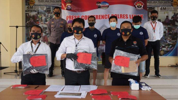 Polres Lebak Tangkap 4 Penambang Ilegal di Cibeber dan Banjarsari
