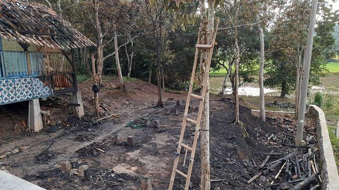 Pondok Pesantren Riadussibyan di Kampung Selacau, Desa Nagara Padang, Kecamatan Petir, Kabupaten Serang kebakaran, ludes terbakar pada Jumat (19/3/2021) pagi.