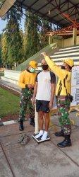 Prajurit Korem 064/MY, khususnya perwira menengah (pamen) dan perwira pertama (pama) mengikuti tes kesegaran jasmani (garjas) periode semester I tahun 2021 di lapangan Heroic Grup 1 Kopassus, Kamis (27/5/20210).