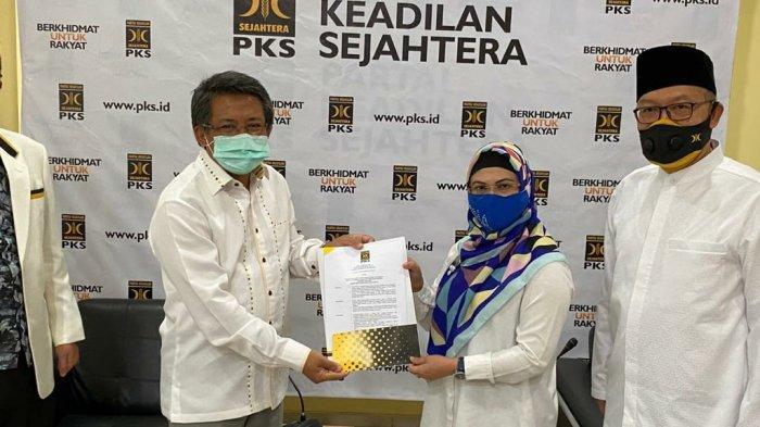 PKS Berlabuh ke Putri Wapres Maruf Amin