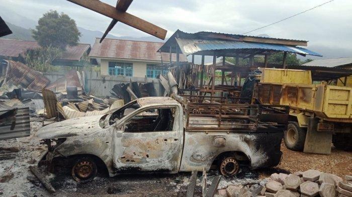 Detik-detik 32 Rumah Dibakar Massa di Dogiyai Papua, Seorang Pria Terjebak hingga Tewas Terbakar