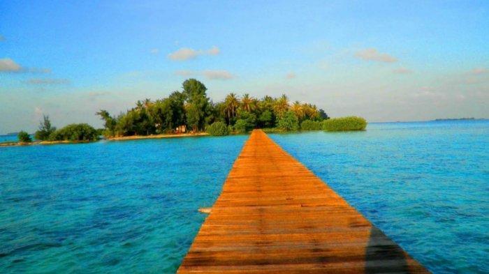 Wisata Religi di Banten, Ziarah ke Makam Pangeran Jaga Lautan di Pulau Cangkir