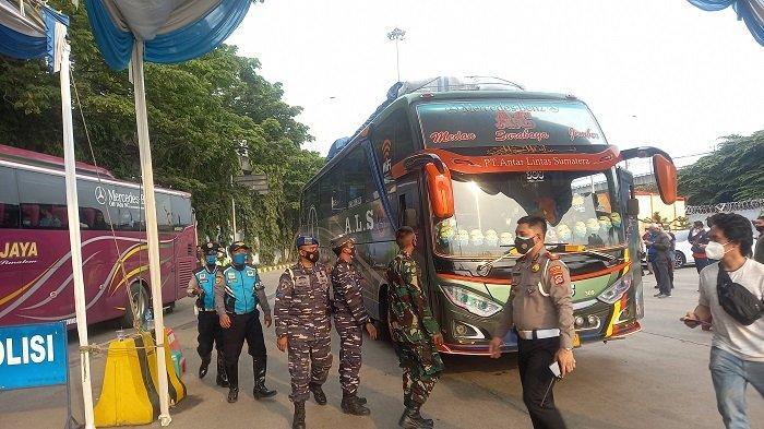 Puluhan Pengurus PO Bus Datangi Polsek Merak Minta Dibolehkan Menyeberang