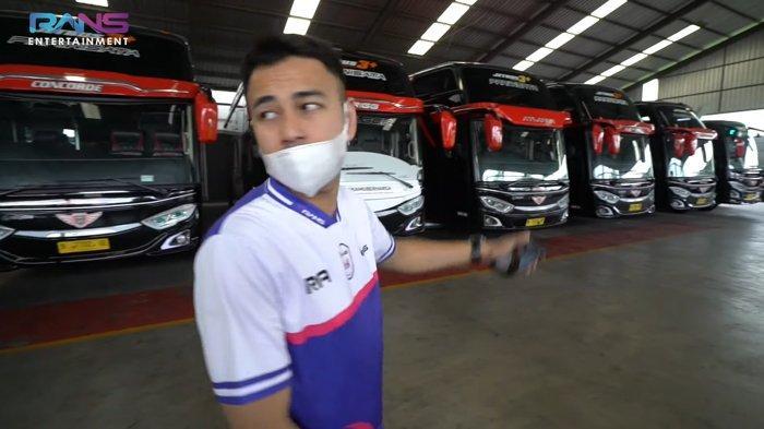 Raffi Ahmad memamerkan bus mewah pribadi untuk squad Rans Cilegon FC